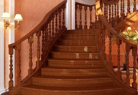 Выбираем лестницу в дом