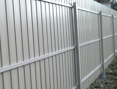 Как построить забор своими руками из кирпичных столбов 846
