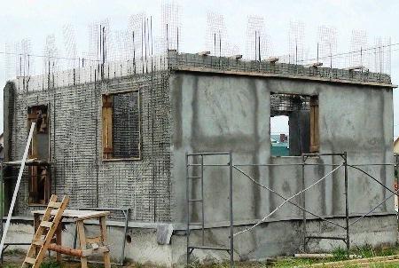 Monolitni pregledi hiše